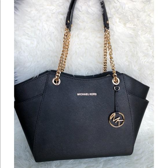 cc17907562c Michael Kors Bags   Black Jet Set Travel Bag   Poshmark